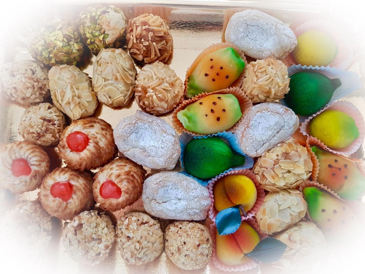 I dolci di Natale del Salento dolci di mandorle